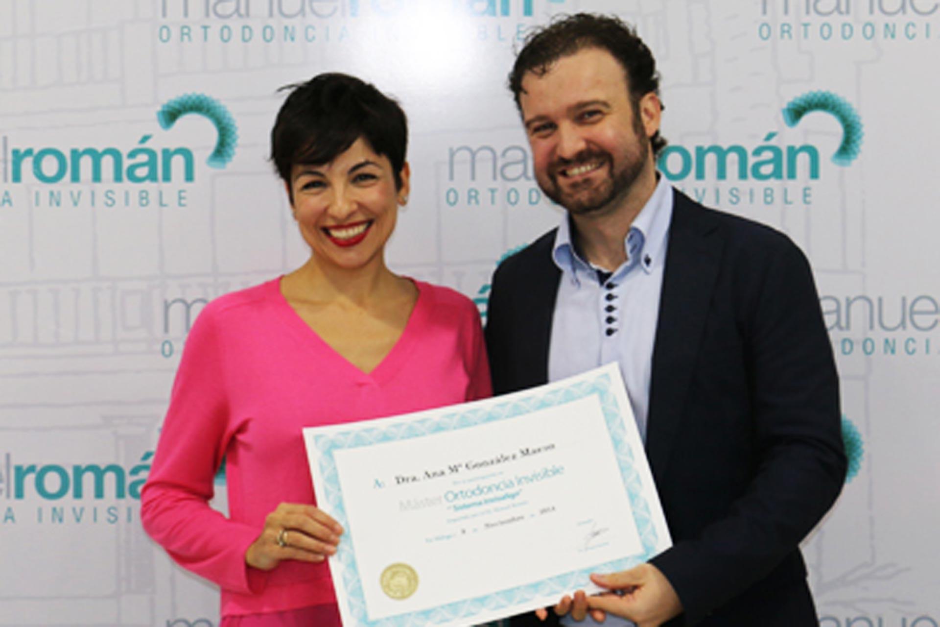 La Dra Gonzalez asiste a un master de ortodoncia
