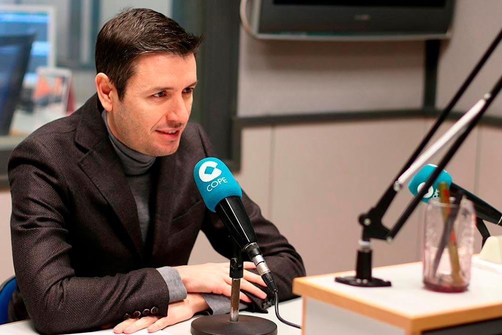 El Dr Primitivo Roig en Cope Valencia